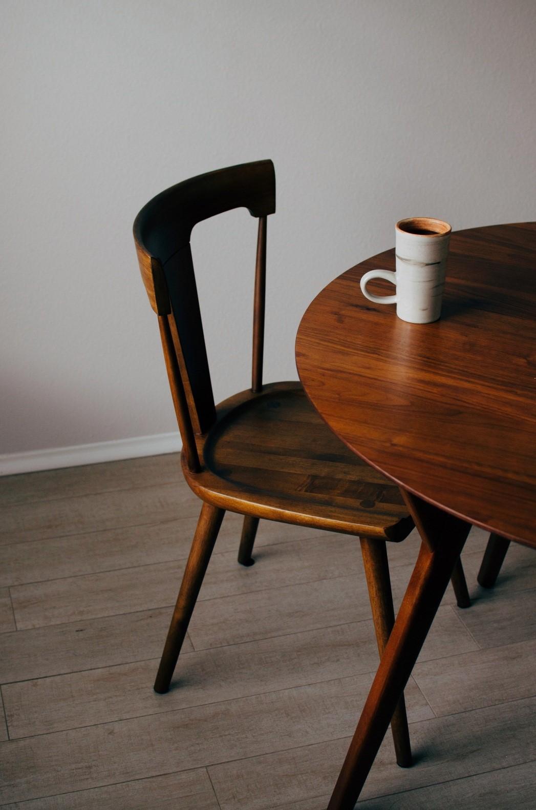 Beneficios del barnizado de muebles